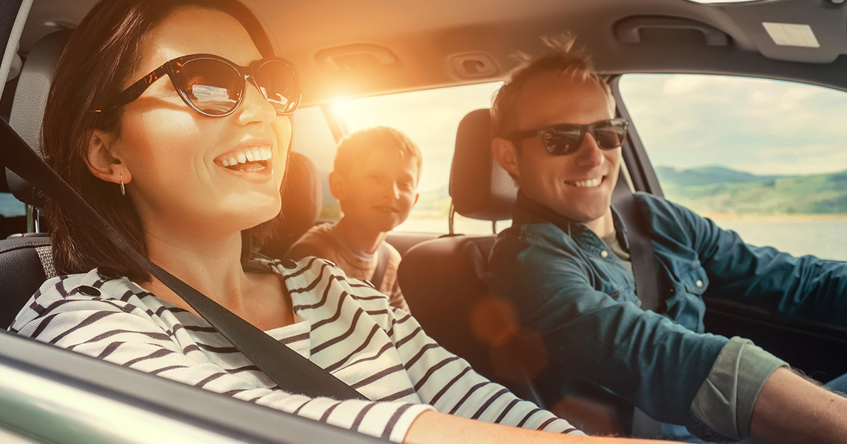 Spara smart under bilsemestern